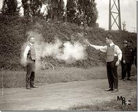736pxTesting_bulletproof_vest_1923.jpg